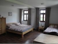 ferienwohnung-lindensaal-unterkunft-monteure-taucha-leipzig-gotha-jesewitz-pension-01